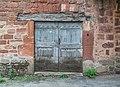 Door at Rue du Porche in Clairvaux-d'Aveyron 01.jpg