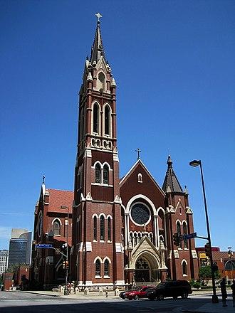 Cathedral Santuario de Guadalupe (Dallas, Texas) - Image: Downtown Dallas TX 2013 06 08 061