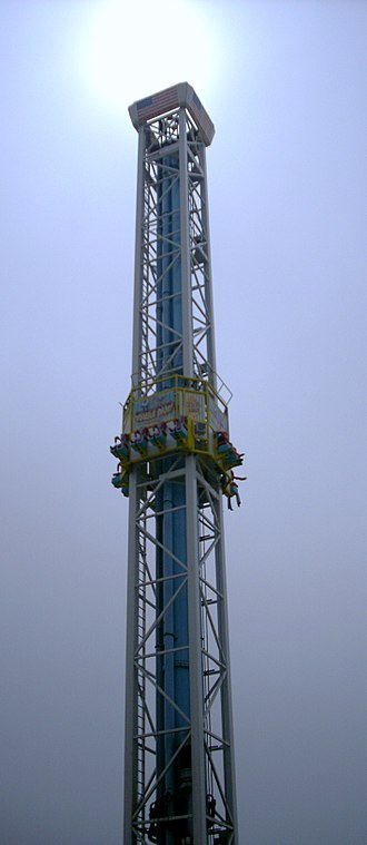 "Drop tower - A drop tower at the Santa Cruz Beach Boardwalk entitled the ""Double Shot"""