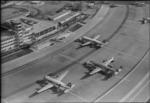 ETH-BIB-Flughafen-Zürich, Flughof, Flugzeuge-LBS H1-014555.tif