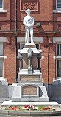 Earlestown War Memorial 2.jpg