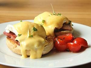 Resultado de imagen de eggs benedict wikipedia