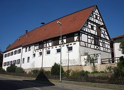 Ehemaliger Vogteihof in Großkötz.JPG
