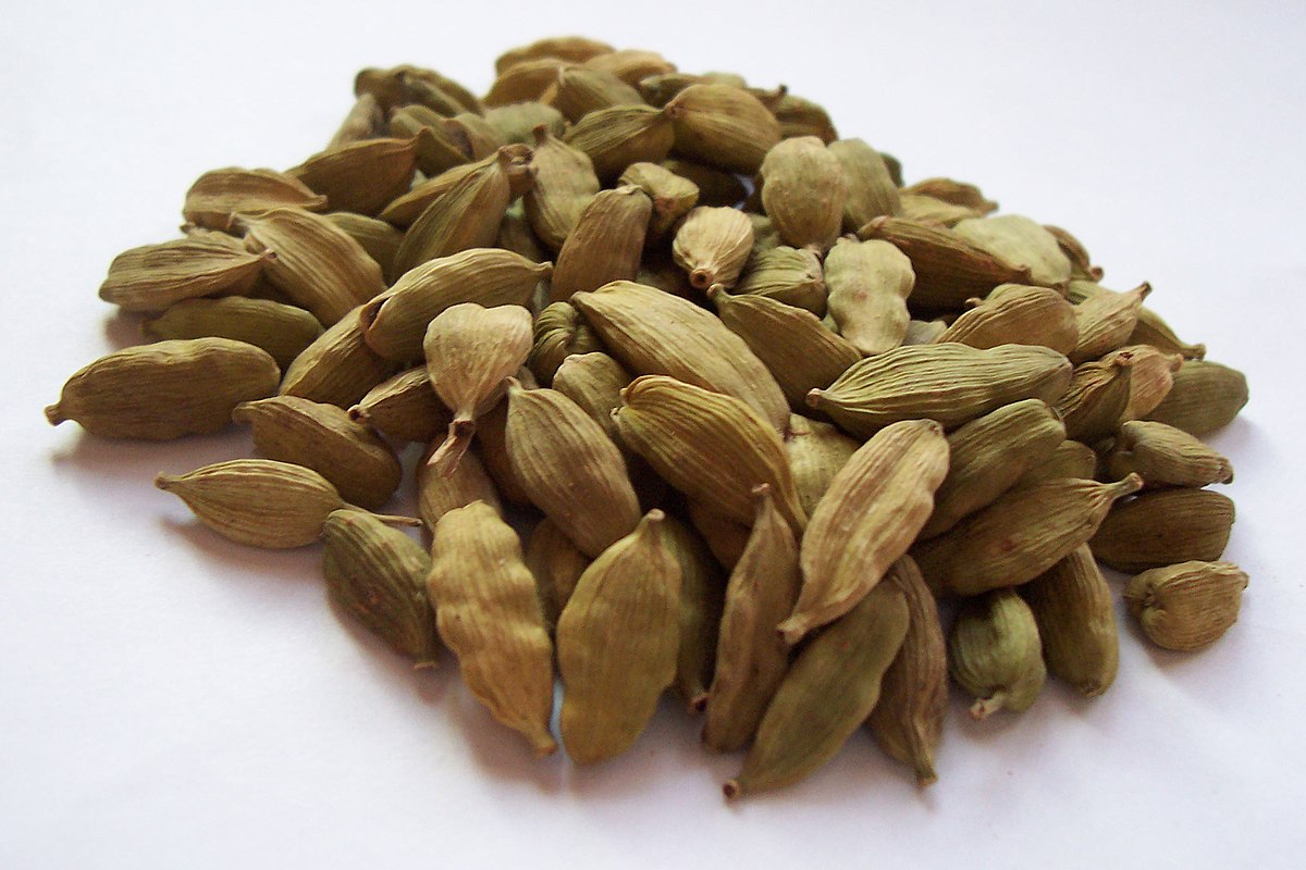Cardamom pods - Wikipedia, Stephantom