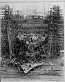 Employees working at Duthie shipyard, Seattle, October 18, 1918 (MOHAI 11167).jpg