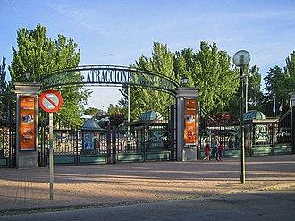 Parque de Atracciones de Madrid - Image: Entrada Parque de Atracciones de Madrid