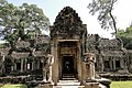 Entrance to the complex Preah Khan.jpg