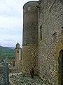 Església i murs del castell d'Os de Balaguer.jpg