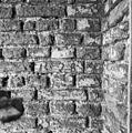 Exterieur jaartal steen westgevel bij raam - Hoorn - 20115804 - RCE.jpg