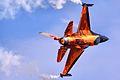 F16 - RIAT 2013 (14489233234).jpg