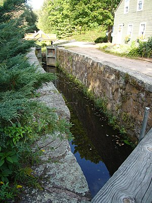 Central Naugatuck Valley - Image: Farmington canal lock 12