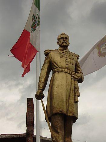 Felipe de Berriozabal Estatua Coacalco