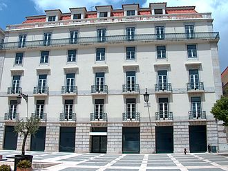 Fernando Pessoa - Pessoa's birthplace: a large flat at São Carlos Square, just in front of Lisbon's opera.