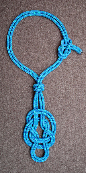 "Bottle sling - Mockup of a rope fiador with the doubled ""hackamore knot"" at the bottom"