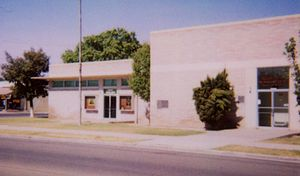 Firebaugh, California - The community library (left) and courthouse (right) in 2006.