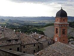 Frontone, Castello - Marche, Italia -02 - Panorama dal castello.jpg