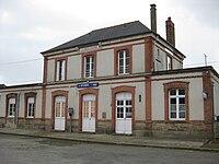 Gare SNCF La Brohinière.JPG