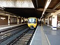 Gatwick Airport stn platfom 2 look south with Unit 166212.jpg