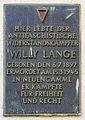 Gedenktafel Dietzgenstr 45 (Niedschh) Willy Lange.jpg