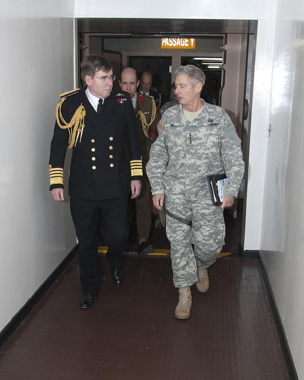 General Walter L. Sharp walks with Sea Lord Admiral, Sir Mark Stanhope