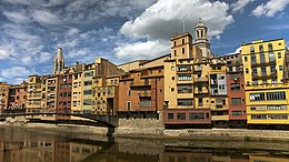 Girona Spain buildings along the river.jpg