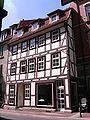 Goe-Albaniplatz-Fachwerkhaus.JPG