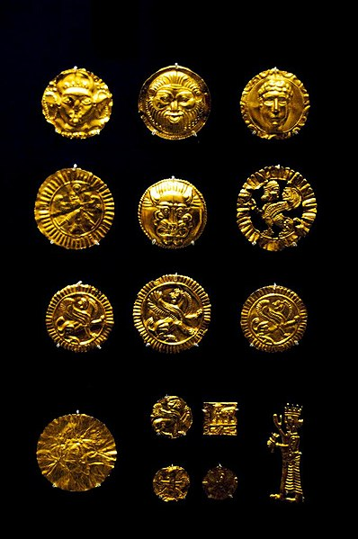 File:Gold artifacts from the Oxus Treasure by Nickmard Khoey.jpg
