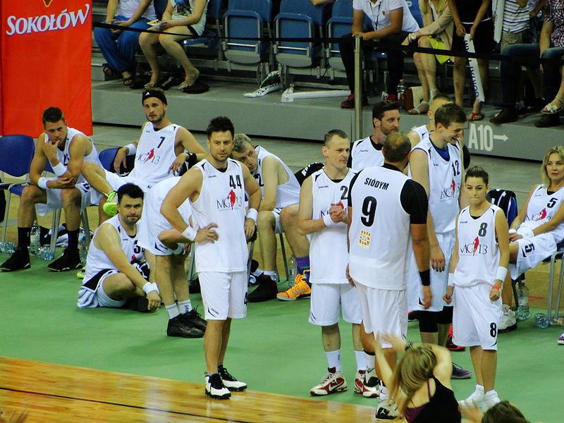 File:Gortat Team vs Wojsko Polskie - Gortat Team IV.JPG