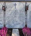Grafenstein Friedhof Grabstein Grafenfamilie Czernin von Chudenitz 27102015 8498.jpg