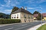 Grafenstein Hauptstrasse 91 Pfarrhof NO-Ansicht 26072018 4006.jpg