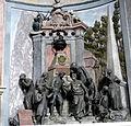 Groß-Siegharts Pfarrkirche - Grab 1.jpg