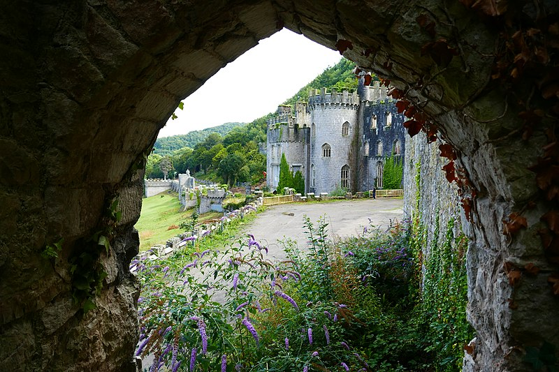 File:Gwrych Castle and Gardens 2.jpg