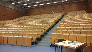 Hörsaalzentrum Chemie - Großer Hörsaal 04.jpg