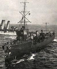 HMS FURY (1911) attending Audacious.jpg