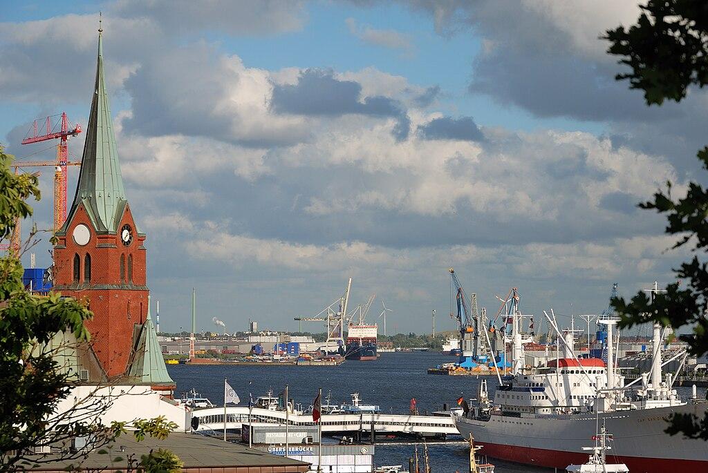 Nemačka 1024px-Hamburg-090612-0164-DSC_8261-Hafen-von-Jugendherberge