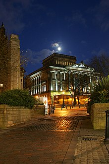 Harris Museum ( Preston ) ( Web).jpg