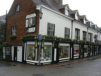 Harveys Brewery - Harvey's brewery shop in Cliffe High Street, Lewes, May 2007.