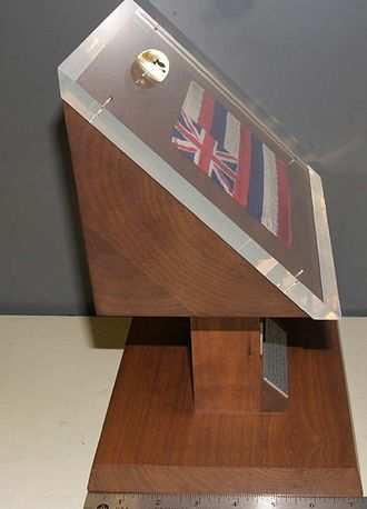 Apollo 11 lunar sample display - Hawaii Apollo 11 display with 7 inch ruler measurement showing its depth