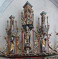 Heilsbronn Münster Peter-Paul-Altar Gesprenge.jpg
