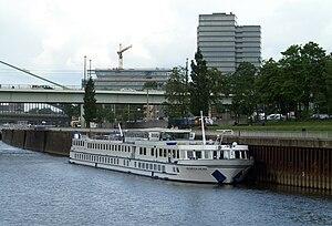 Heinrich Heine (ship, 1991) 015.jpg