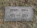 Henry Noll grave.jpg