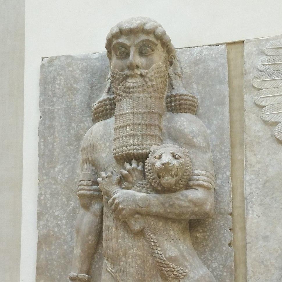 Hero maitrisant un lion D141107 a (cropped)