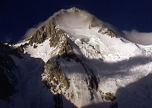 Gasherbrum I - Gasherbrum I in 2001