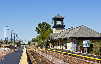 English: Highland Park Metra Station on the Un...
