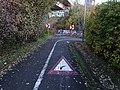 Hlubočepy, cyklistická stezka z Barrandovského mostu.jpg