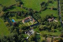 An aerial photograph of Horselunges Manor