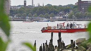 2009 Hudson River mid-air collision - Several agencies participate in the search for bodies and debris from the collision