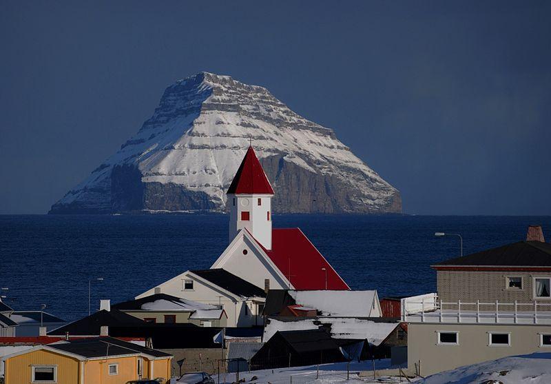 File:Hvalba.Suðuroy.1.jpg