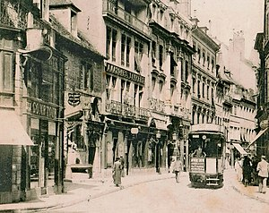 Trams in Besançon - A tram in the Main Street (Grand Rue) of Besançon (post card 1905)