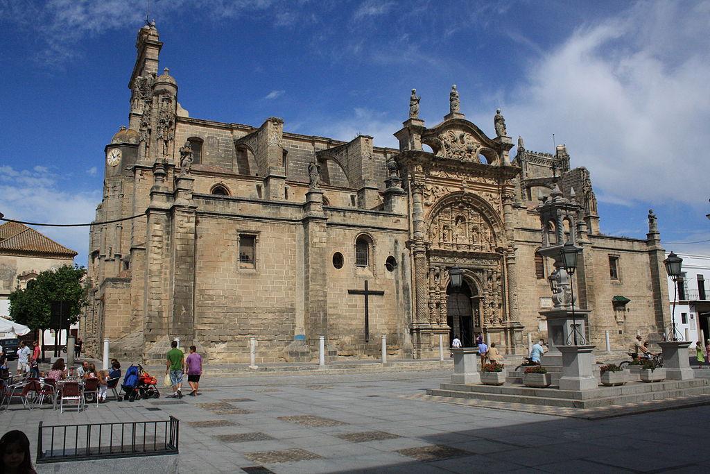File iglesia mayor prioral puerto de santa mar wikimedia commons - Fisioterapia en el puerto de santa maria ...